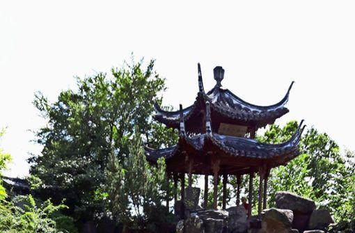 Ein Stück China über den Dächern der Stadt
