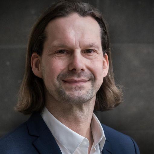 Wirtschaft: Andreas Schröder (sö)