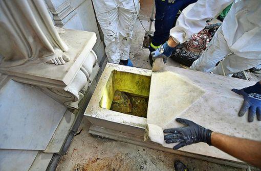 Knochenfund auf deutschem Friedhof im Vatikan untersucht