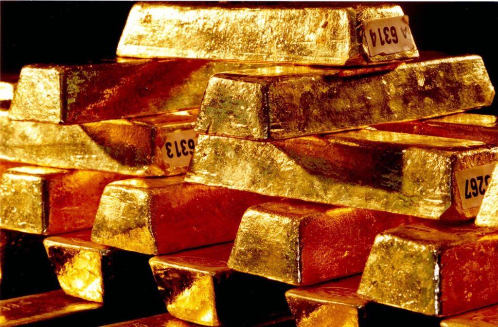 In Mainz untersuchen Experten der Bundesbank den Goldfund vom Spielplatz. Foto: Bundesbank (Symbolbild)