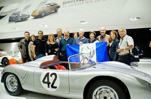 Einmal um die halbe Welt ins Porsche-Museum
