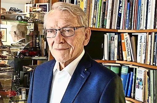 Ehemaliger Leiter der Uni-Bibliothek Stuttgart wird 80