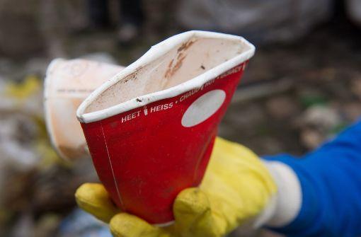 Wegwerfbecher bei Kaffee zum Mitnehmen noch weit verbreitet