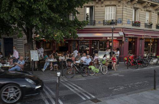 Frankreich beendet Ausgangssperre und Maskenpflicht im Freien