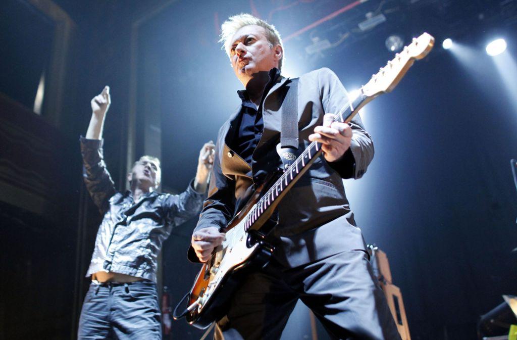 Andy Gill, Gitarrist der Punkrockband Gang of Four, wurde 64 Jahre alt. Foto: AP/Jason DeCrow