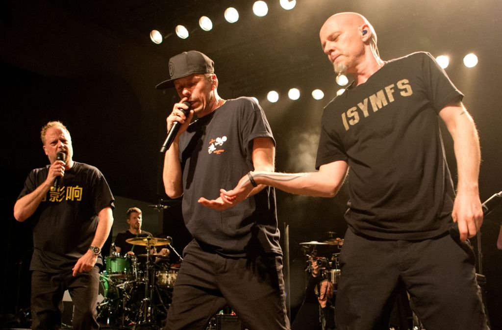 Smudo, Michi Beck und Thomas D. (von links) sowie And. Ypsilon präsentierten im Wizemann die Songs ihres neuen Albums. Foto: Lichtgut - Oliver Willikonsky