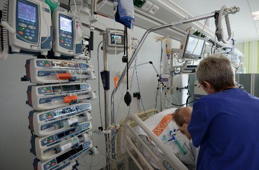 Verdi will Pflegekräfte in Kliniken entlasten
