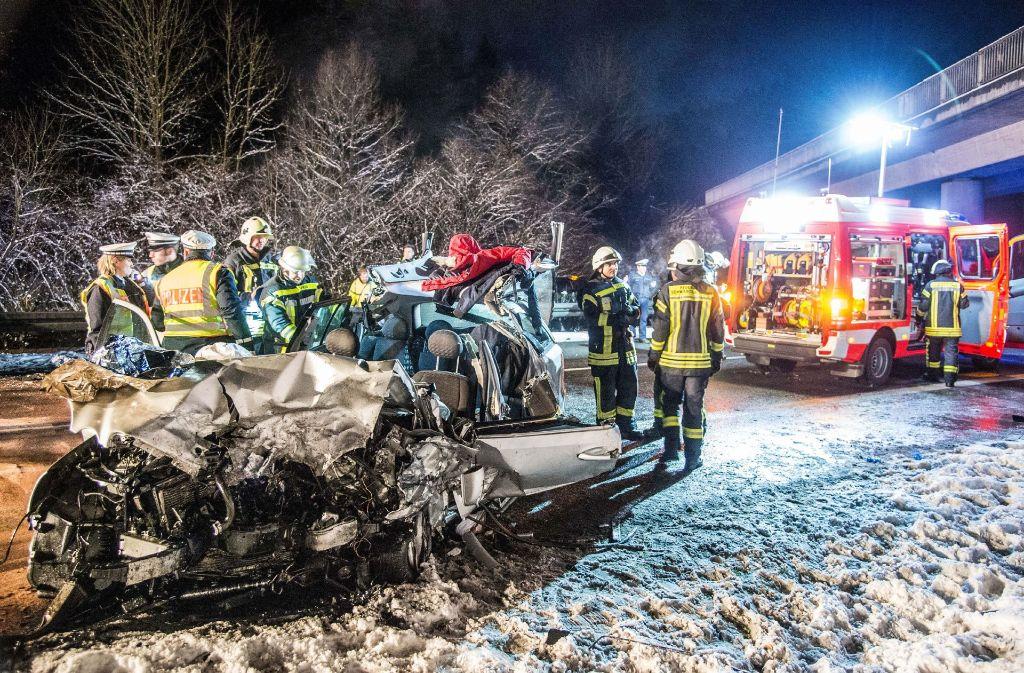 Auf der Bundesstraße 29 bei Lorch im Ostalbkreis hat es einen tödlichen Unfall gegeben. Foto: SDMG
