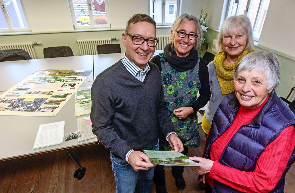 Feiern Jubiläum: Jörg Herter, Birgit Clauß, Marianne Wacker und Doris Schmidt-Welker. Foto: factum/Bach Foto: