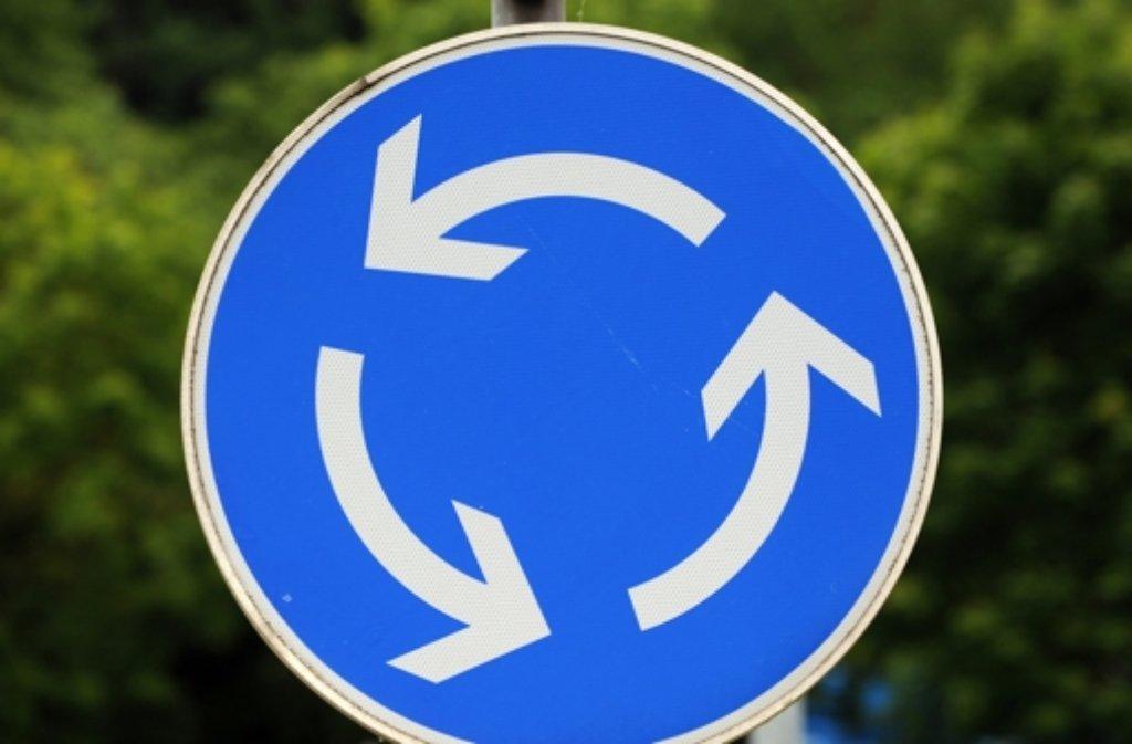 Dass der provisorische Kreisel vorerst wegkommt, gefällt den Leonbergern gar nicht. Foto: dpa