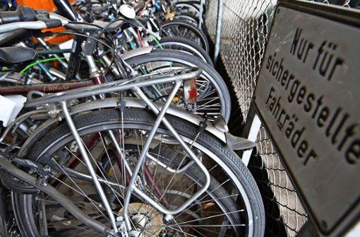 Mann klaut 33 Fahrräder und hortet sie in seinem Haus