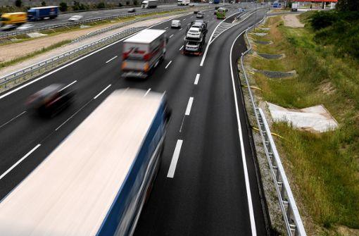 Mehr als 1000 Autofahrer bekommen Führerscheine zurück