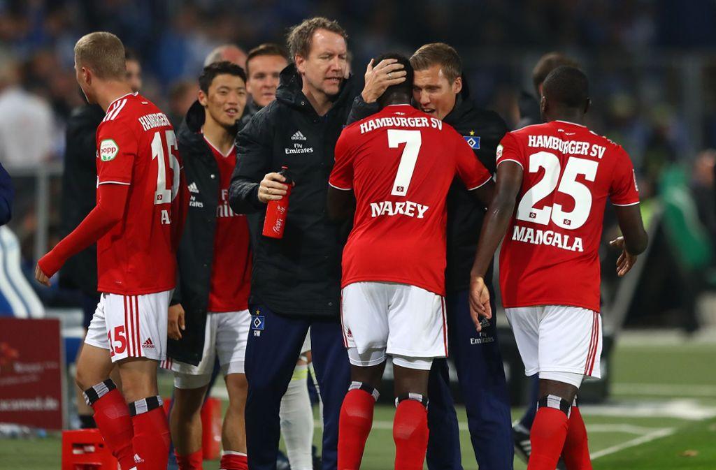 Trainer Hannes Wolf hat mit dem HSV gegen den 1. FC Magdeburg  gewonnen. Foto: Bongarts