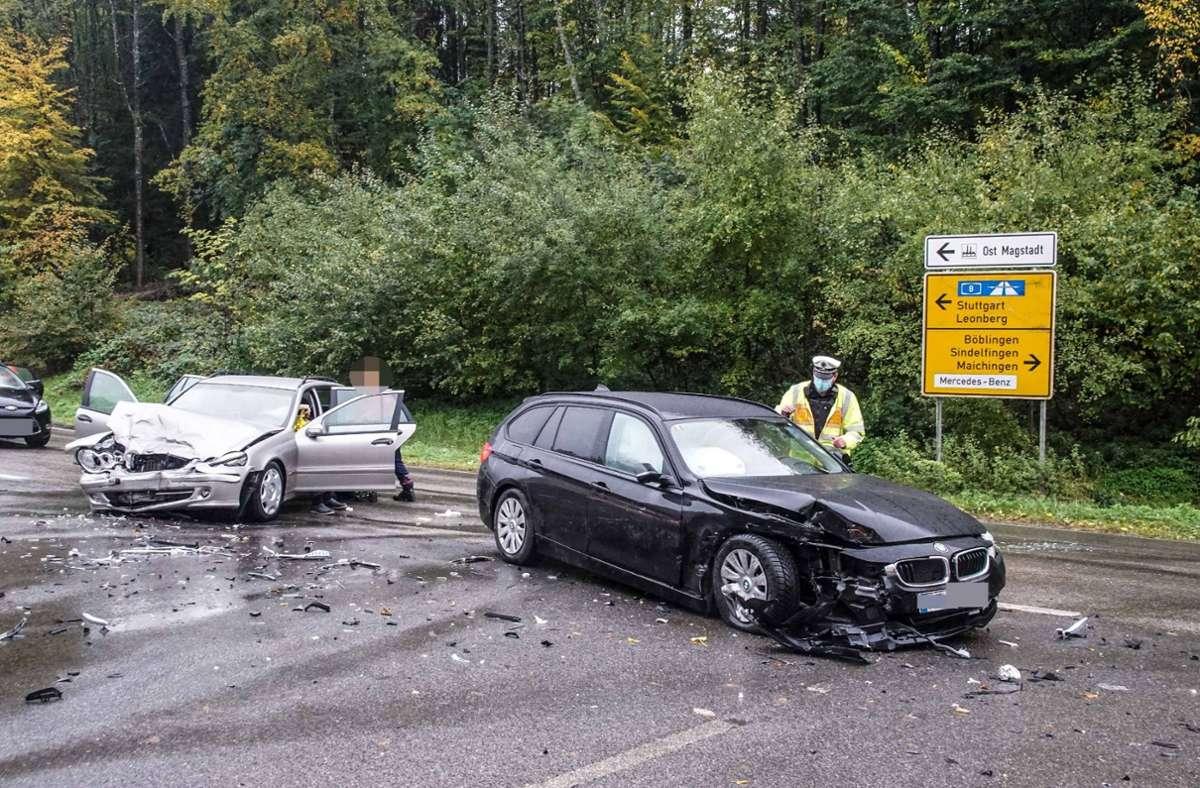 Der Unfall ereignete sich zwischen Magstadt und Maichingen. Foto: SDMG/Dettenmeyer