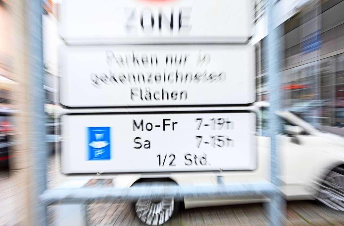 In der Bernhäuser Ortsmitte gibt es   112 öffentliche  Parkplätze. Diese sind tagsüber zumeist belegt. Foto: Archiv/Thomas Krämer