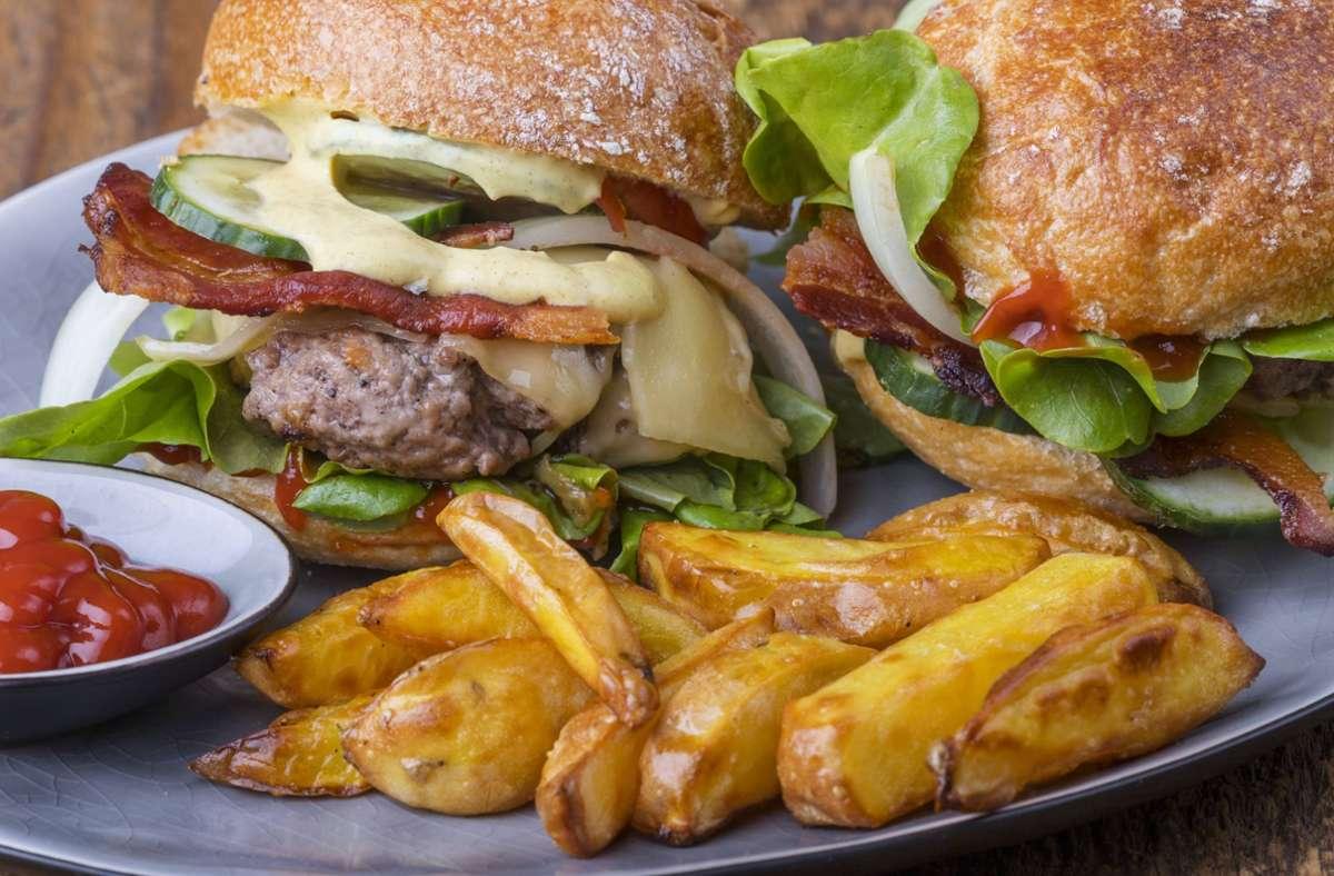 Eine Fastfood-Party kostete die Teilnehmer in Australien eine Menge Geld. (Symbolbild) Foto: imago images/CHROMORANGE