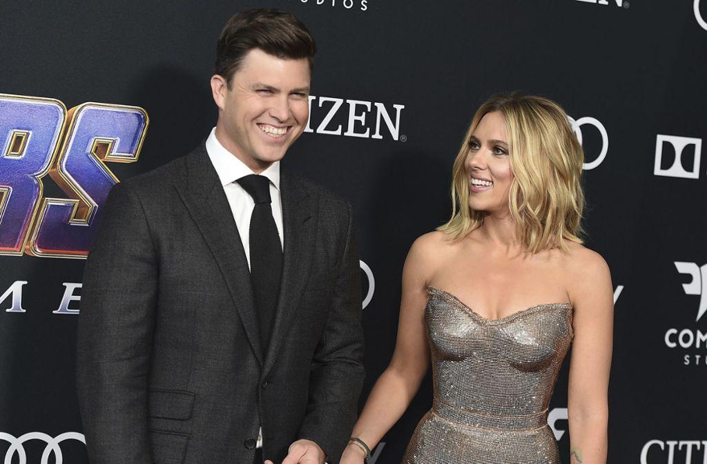 """Haben angeblich den selben Humor: Scarlett Johansson und ihr zukünftigen Ehemann von Scarlett Johansson, der US-Autor Colin Jost, bekannt aus der  Comedy-Show """"Saturday Night Live"""". Foto: AP"""