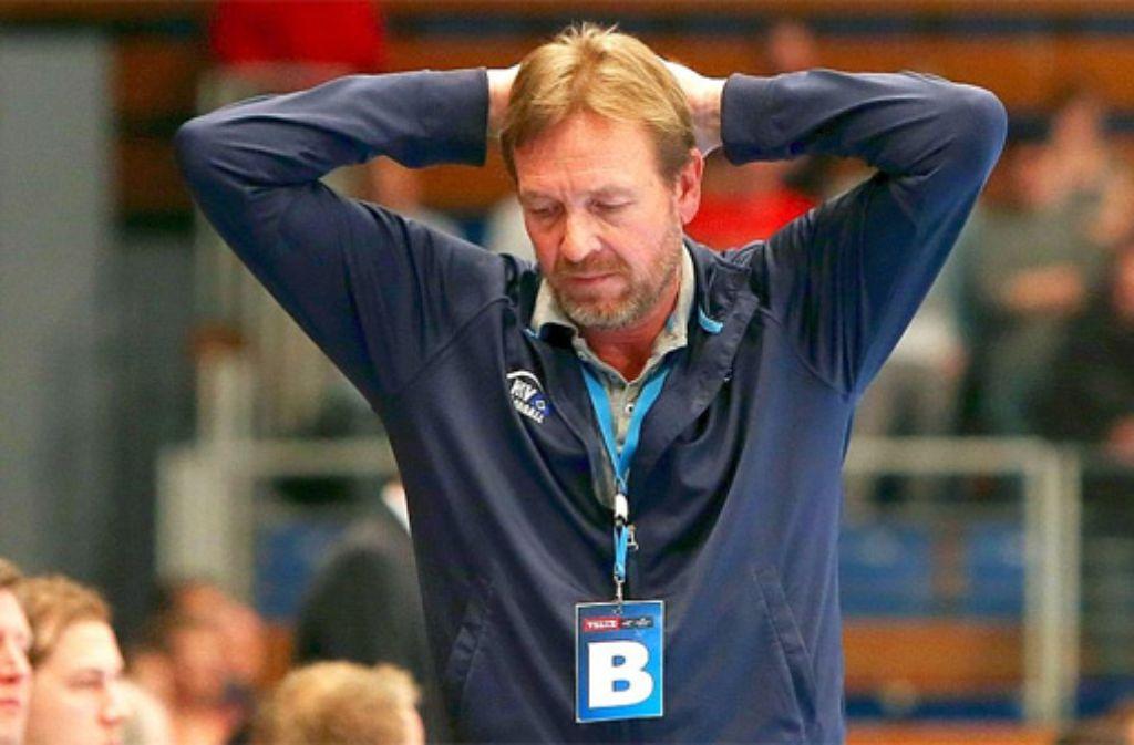 Martin Schwalb, der bisherige Trainer der Hamburger Handballer, hat einen Herzinfarkt erlitten. Foto: dpa
