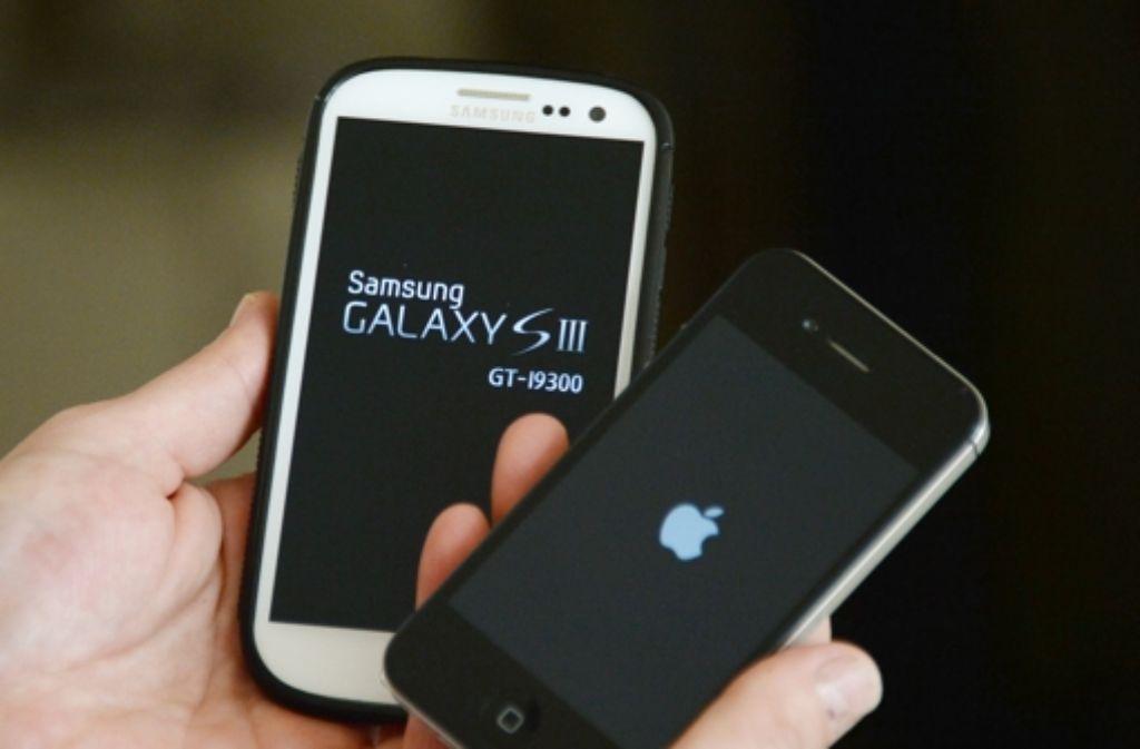 Samsung ist im Patentprozess gegen Apple vom Start weg in den Angriff gegangen.  Foto: dpa