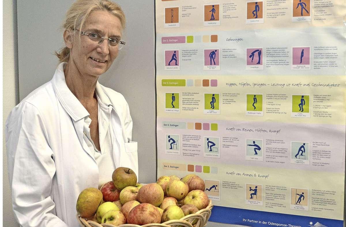 """Fachärztin Ursula Kurz plädiert für gesunde Ernährung und ein maßvolles Bewegungsprogramm wie """"Die fünf Esslinger"""". Foto: Gaby Weiß"""