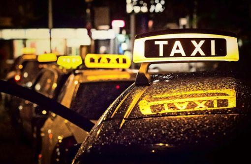 SPD fordert, dass die Stadt Taxigutscheine für Ältere bezahlt
