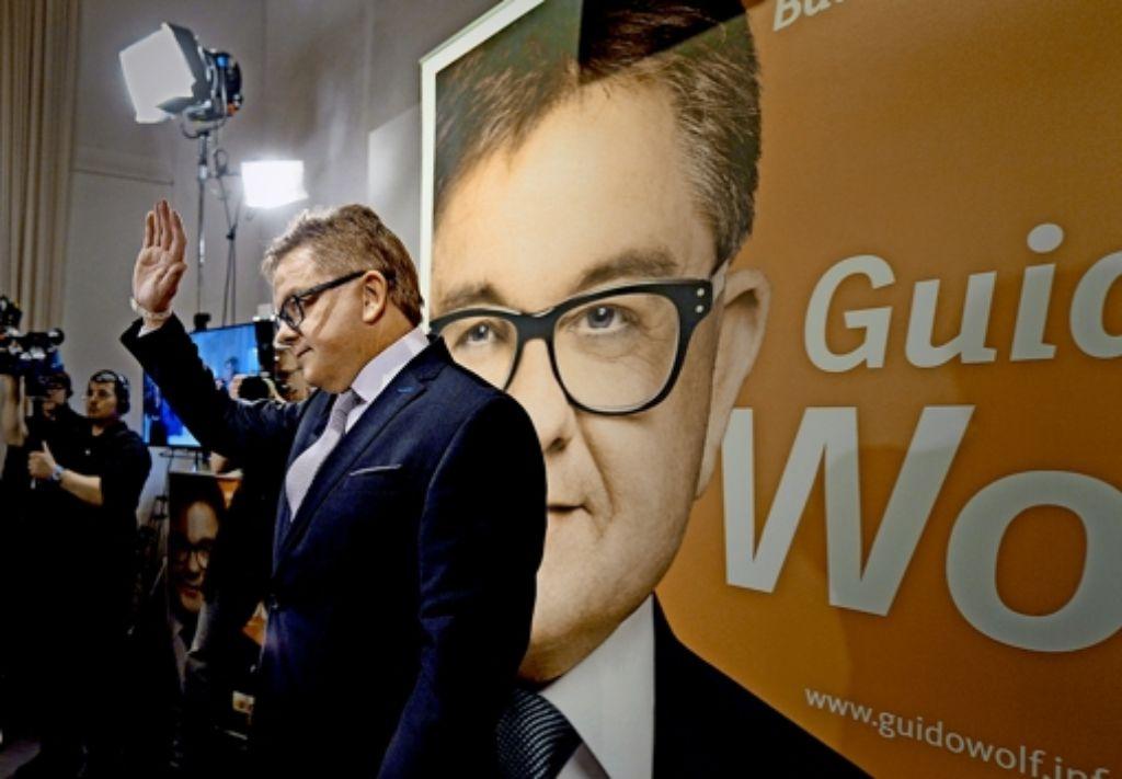 Schon am Wahlabend wird die Kritik an CDU-Spitzenkandidat Guido Wolf  lauter: Ein schwacher Frontmann sei er gewesen, schwere Fehler habe er gemacht, heißt es. Foto: dpa