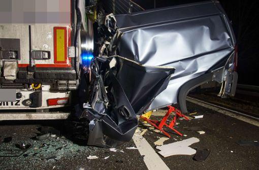 47-Jähriger baut übermüdet Unfall und wird schwer verletzt