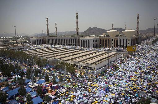 Muslime feiern das Opferfest