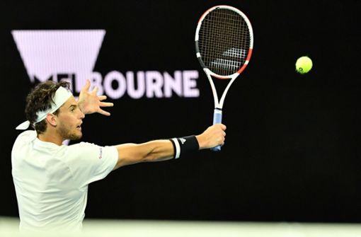 Dominic Thiem und Novak Djokovic mit Mühe weiter