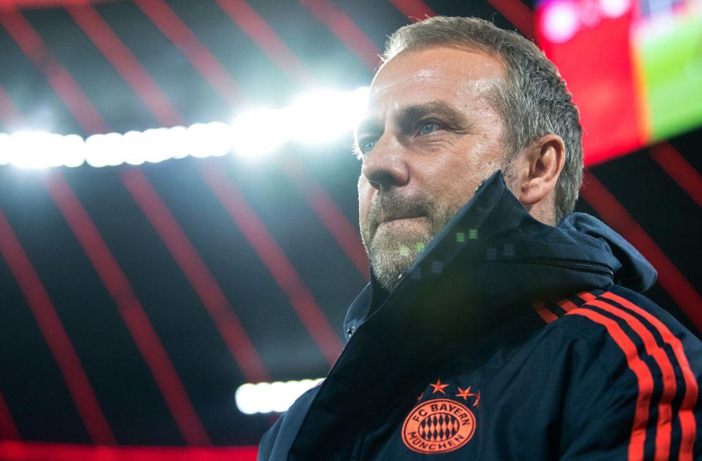Der 1. FC Bayern München kann sich vorstellen, dass Hansi Flick auch in der neuen Saison Trainer bleibt. Foto: dpa/Matthias Balk