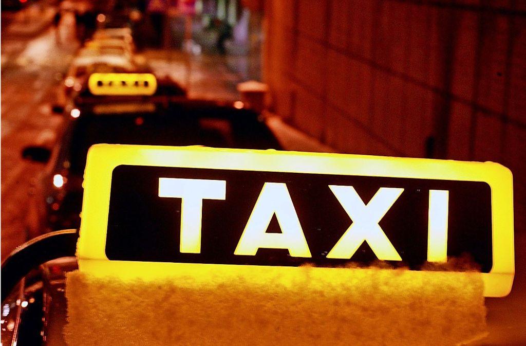 Taxis am Flughafen Foto: Zweygarth