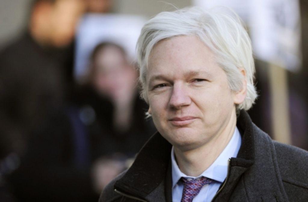 Julian Assange hatte sich im Juni 2012 in die Botschaft geflüchtet, um einer Auslieferung an Schweden zu entgehen. Foto: dpa