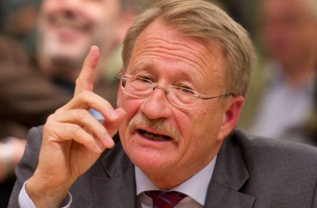 Wolfgang Drexler verkündet den Auftakt des NSU-Untersuchungsauschusses. Foto: dpa