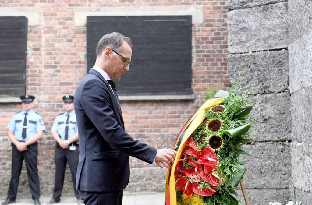 Heiko Maas ist seit 26 Jahren der erste deutsche Außenminister, der die KZ-Gedenkstätte in Auschwitz besucht. Foto: AFP