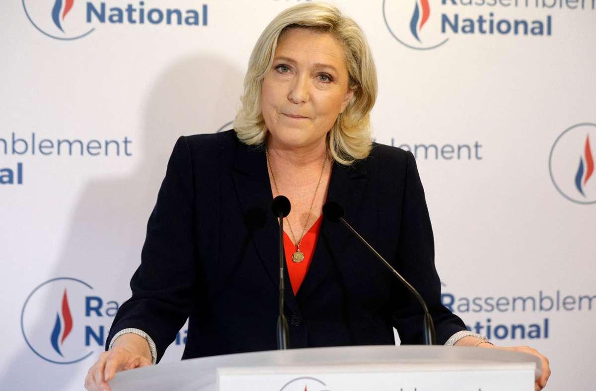 Enttäuschung bei Marine Le Pen. Die Chefin des rechtsextremen Rassemblement National muss einen Rückschlag auf ihrem erhofften Weg ins französische Präsidentenamt einstecken. Foto: AFP/GEOFFROY VAN DER HASSELT