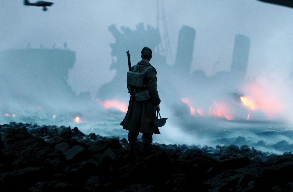 """Fionn Whitehead in einer Szene aus """"Dunkirk"""" Foto: Verleih"""