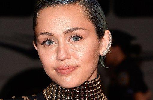 Miley Cyrus appelliert unter Tränen an Trump