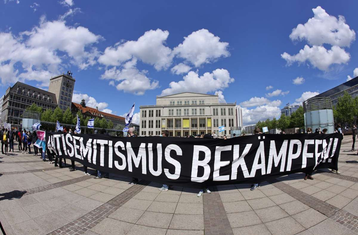 Eine  Demonstration in Leipzig Foto: dpa/Dirk Knofe