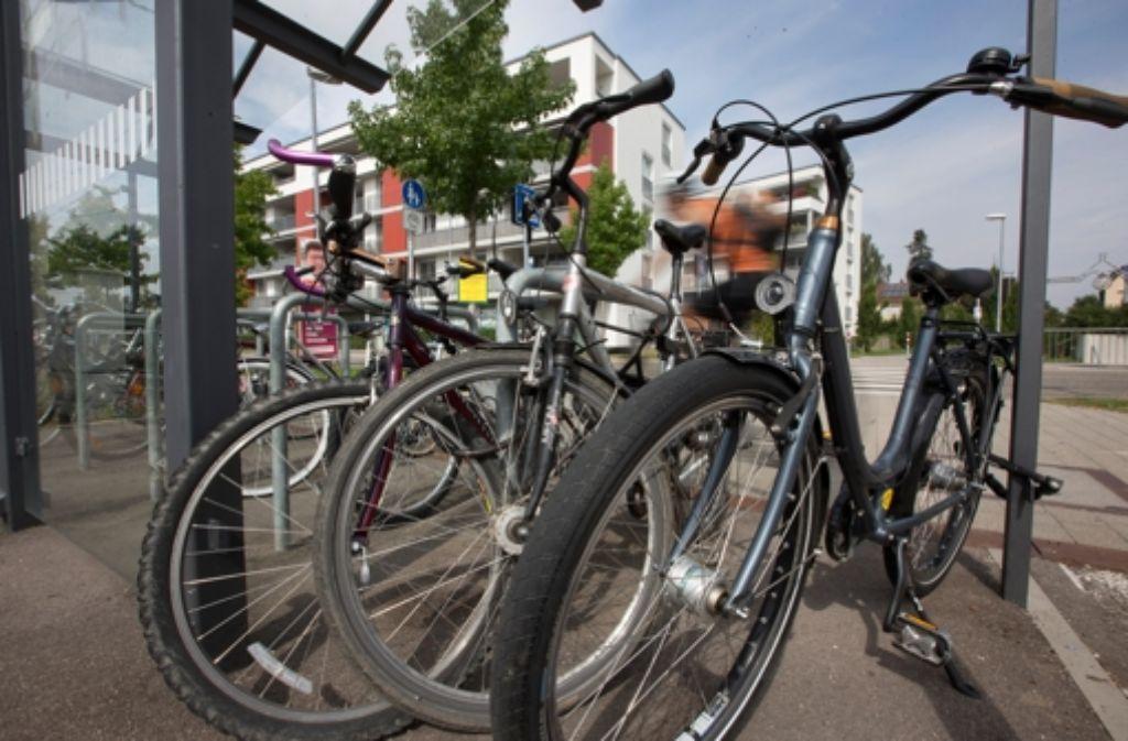 fahrradfahren in stuttgart fahrrad abstellpl tze werden pflicht stuttgart stuttgarter zeitung. Black Bedroom Furniture Sets. Home Design Ideas