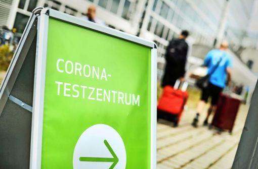 Vom  Flieger direkt ins  Corona-Testzentrum