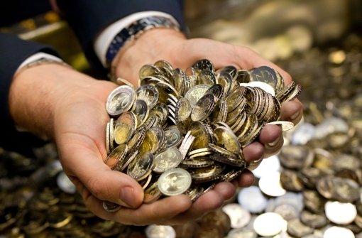 Mehr als neun Milliarden Euro überwiesen