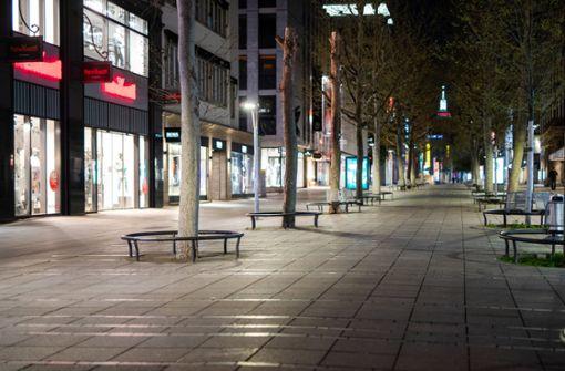 Stuttgarts Straßen sind wie leer gefegt – Bilder einer Geisterstadt