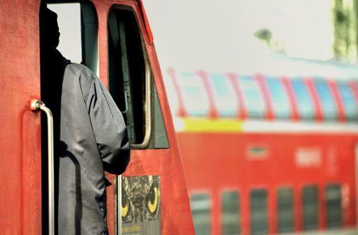 Bahn hilft  Konkurrenten mit Lokführern aus
