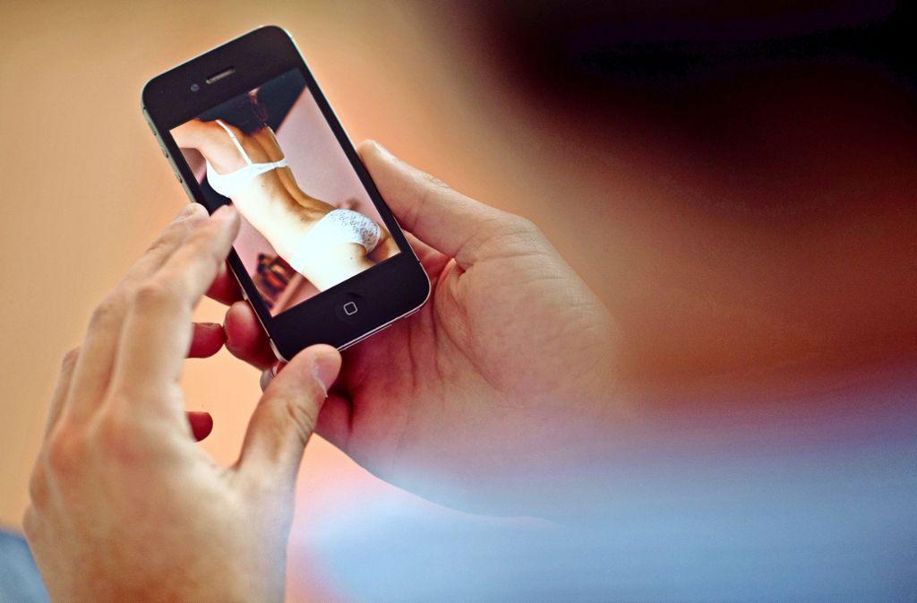 Ein Gehörloser zieht gegen Pornoseiten vor Gericht. (Symbolbild) Foto: picture alliance / dpa/Julian Stratenschulte
