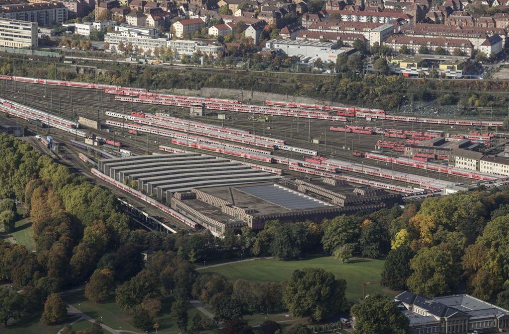 Auf diesen    bisherigen Bahnflächen   entsteht ein Teil des  neuen Rosensteinviertels, das bei der angestrebten Bauausstellung eine tragende Rolle spielen soll Foto: Lichtgut/Leif Piechowski