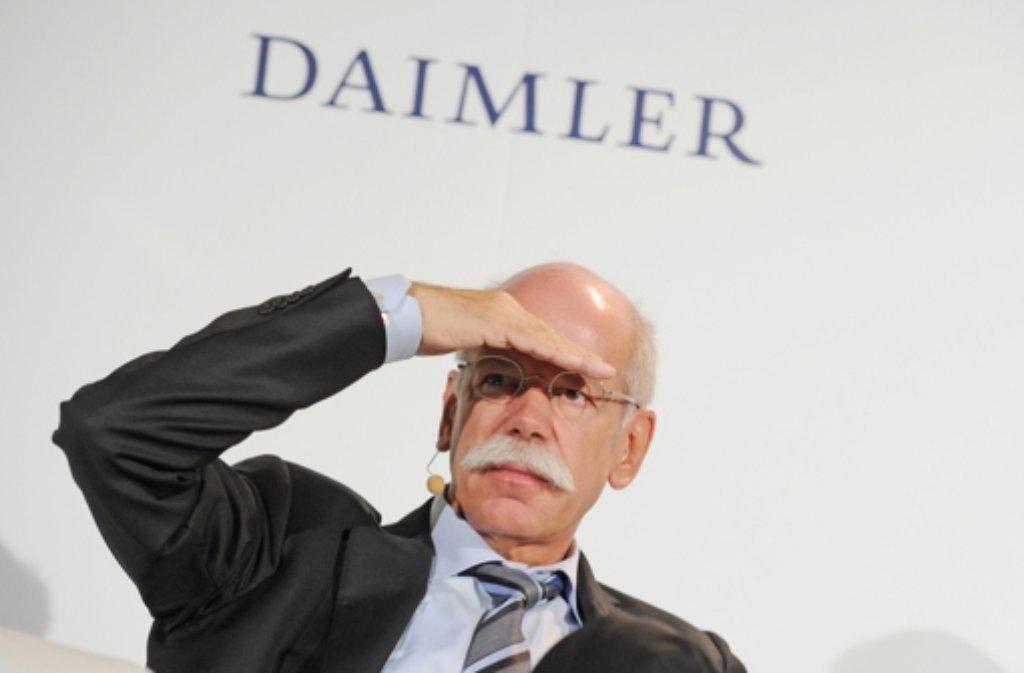 Spitzenverdiener im Daimler-Vorstand 2012 war wieder Vorstandschef Dieter Zetsche mit 8,3 (Vorjahr: 8,8) Millionen Euro. Foto: dpa