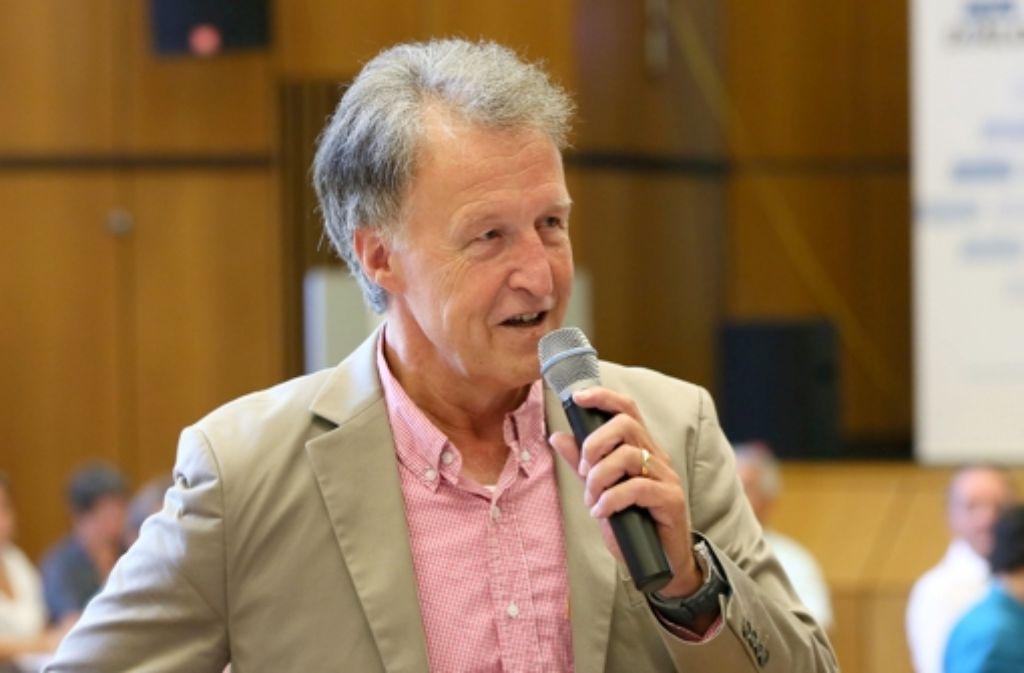 Er zeigt sich fassungslos über die Landesregierung: OB Roland Klenk. Foto: Achim Zweygarth