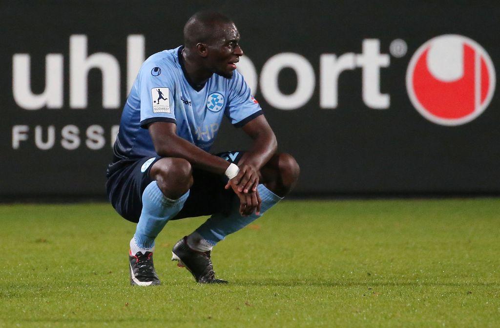Die Enttäuschung ist Lhaddji Badiane von den Stuttgarter Kickers ins Gesicht geschrieben. Foto: Pressefoto Baumann