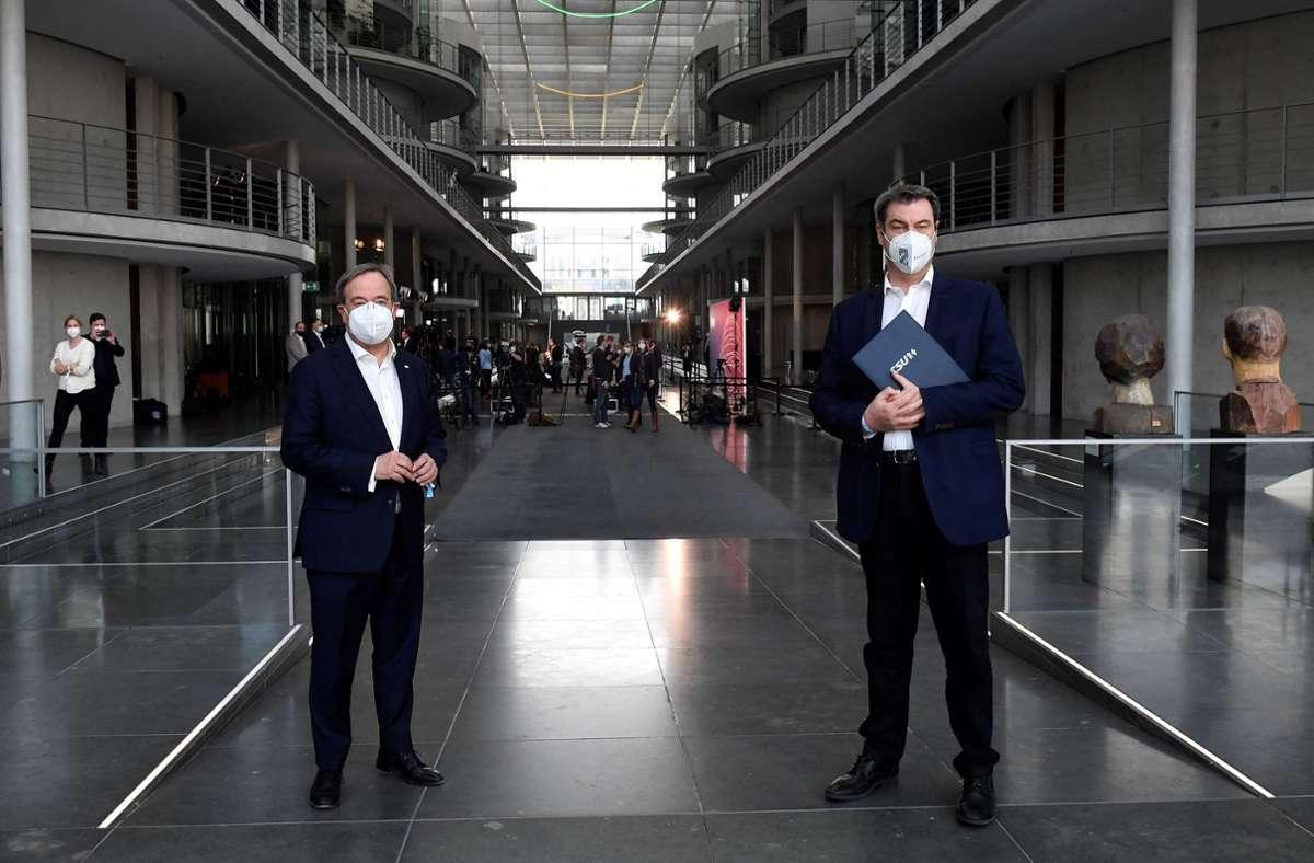 CDU-Chef Armin Laschet und der CSU-Vorsitzende Markus Söder (Archivbild) Foto: AFP/TOBIAS SCHWARZ