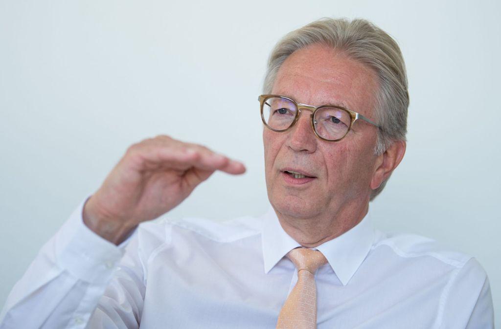 Roger Kehle, der Präsident den baden-württembergischen Gemeindtags, findet, dass es sich die Landes-SPD mit ihrer Forderung nach einer gebührenfreier Kinderbetreuung  ein wenig leicht macht. Er fragt, woher die Kita-Fachkräfte kommen sollen, wenn in Folge der Gebührenfreiheit die Betreuungsquote weiter  steigt. Foto: dpa